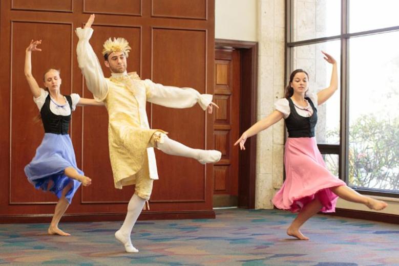 The magic Toy Box: Momentum Dance Company