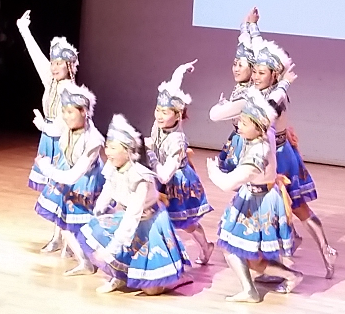 Chinese Performing